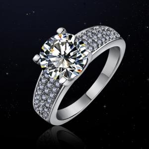 Hot sale fashion luxury zircon wedding ring 10264002
