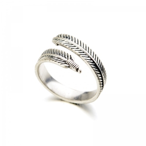 Allencoco feather shape open ring  10347