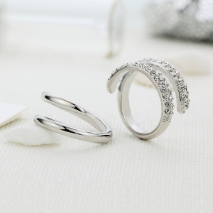 R.A crystal ring 112309