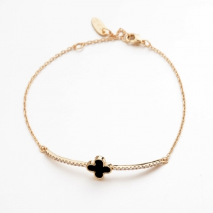 R.A clover bracelet   171235