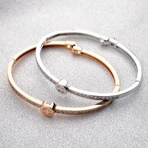 R.A zircon bracelet   180235