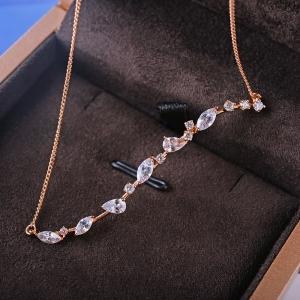 Allencoco zircon necklace  62123