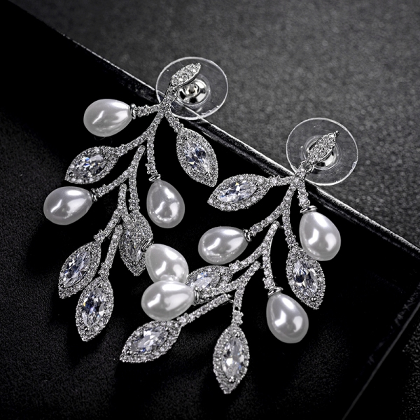 Allencoco micro - lined zircon pearl earrings  208170002