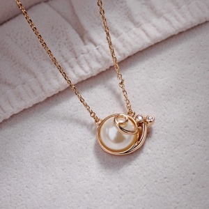 R.A Exquisite snail half beads necklace 62124