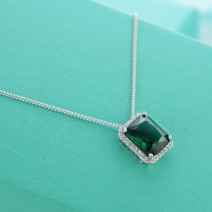 AllenCOCO New green square zircon neckla...