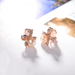 AllenCOCO Bowknot Fashion Pearl Earrings...