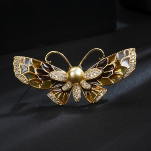 R.A butterfly brooch 850442