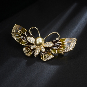 R.A butterfly brooch 850442