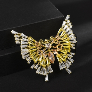 R.A Butterfly zircon brooch  850404