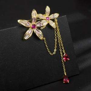 R.A zircon flower brooch  850409
