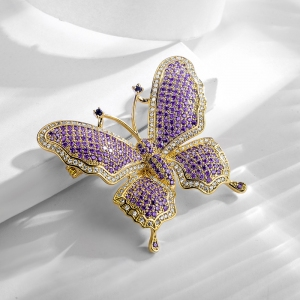 R.A butterfly zircon brooch  850447